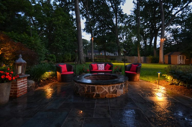 Landscape lighting tips tode landscape aloadofball Choice Image