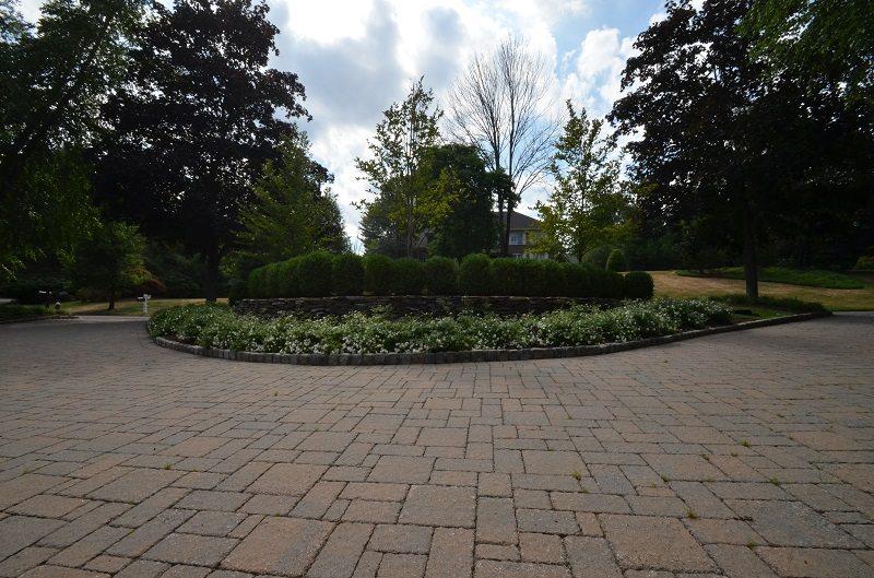 stone paved round driveway